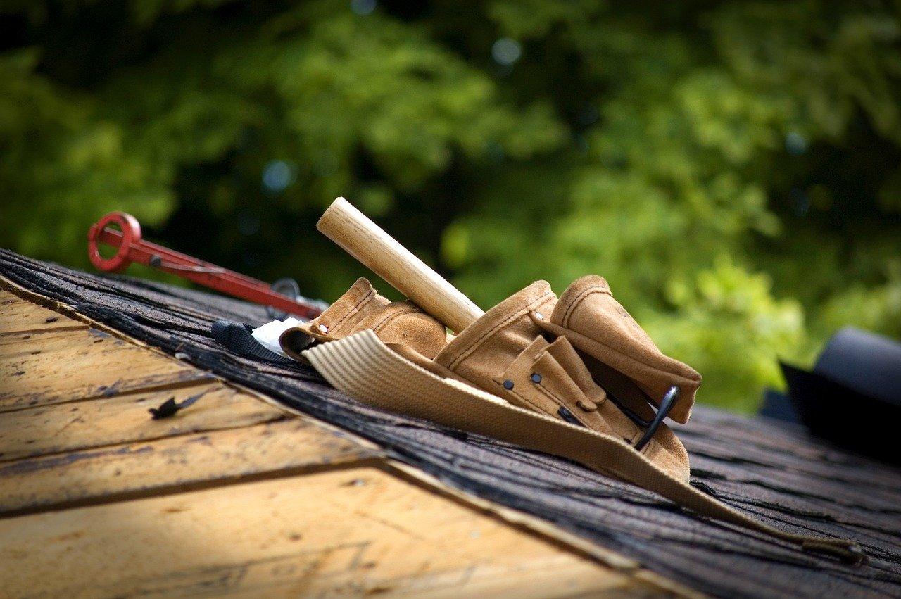 O czym pamiętać przy wymianie dachu?