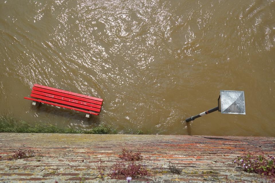 Osuszanie mieszkań po zalaniu